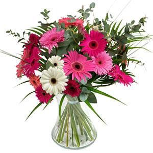 15 adet gerbera ve vazo çiçek tanzimi  Bolu online çiçek gönderme sipariş