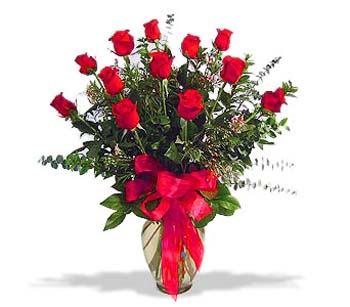 çiçek siparisi 11 adet kirmizi gül cam vazo  Bolu online çiçek gönderme sipariş