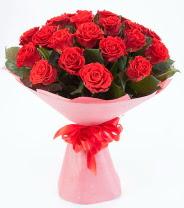 12 adet kırmızı gül buketi  Bolu çiçek siparişi sitesi