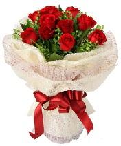 12 adet kırmızı gül buketi  Bolu anneler günü çiçek yolla