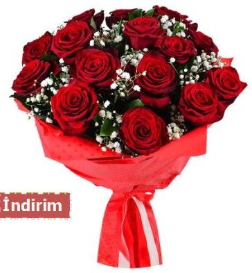 12 Adet kırmızı aşk gülleri  Bolu çiçek satışı