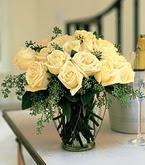 Bolu çiçek siparişi sitesi  11 adet sari gül mika yada cam vazo tanzim