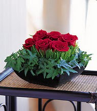 Bolu çiçek siparişi sitesi  10 adet kare mika yada cam vazoda gül tanzim