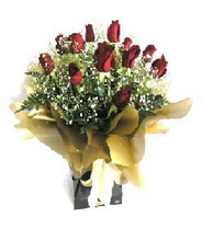 Bolu internetten çiçek siparişi  11 adet kirmizi gül  buketi