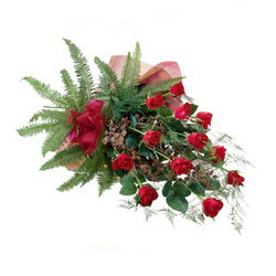 Bolu online çiçek gönderme sipariş  10 adet kirmizi gül özel buket çiçek siparisi
