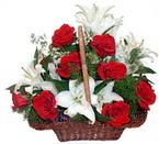 sepette gül ve kazablankalar   Bolu çiçekçi mağazası