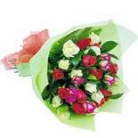 12 adet renkli gül buketi   Bolu çiçek gönderme sitemiz güvenlidir