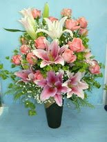 Bolu internetten çiçek satışı  cam vazo içerisinde 21 gül 1 kazablanka