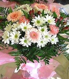 Bolu hediye çiçek yolla  karma büyük ve gösterisli mevsim demeti