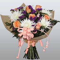güller ve kir çiçekleri demeti   Bolu çiçekçiler