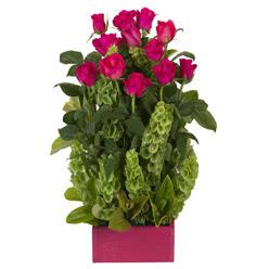 12 adet kirmizi gül aranjmani  Bolu çiçek mağazası , çiçekçi adresleri