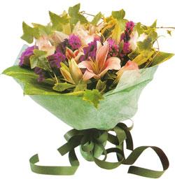 karisik mevsim buketi anneler günü ve sevilenlere  Bolu çiçekçi mağazası