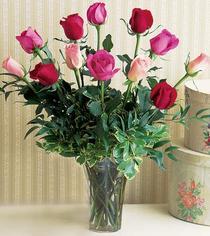 Bolu çiçek mağazası , çiçekçi adresleri  12 adet karisik renkte gül cam yada mika vazoda