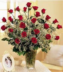 Bolu çiçek , çiçekçi , çiçekçilik  özel günler için 12 adet kirmizi gül