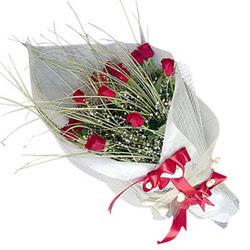 Bolu yurtiçi ve yurtdışı çiçek siparişi  11 adet kirmizi gül buket- Her gönderim için ideal