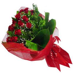 Bolu kaliteli taze ve ucuz çiçekler  12 adet kirmizi essiz gül buketi - SEVENE ÖZEL