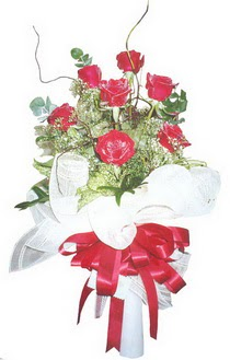 Bolu çiçek siparişi sitesi  7 adet kirmizi gül buketi