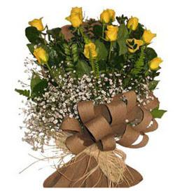 Bolu çiçek yolla  9 adet sari gül buketi