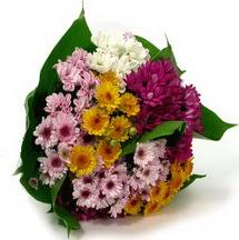 Bolu çiçekçi telefonları  Karisik kir çiçekleri demeti herkeze