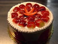 Meyvali yas pasta 4 ile 6 kisilik pasta  Bolu çiçek siparişi sitesi