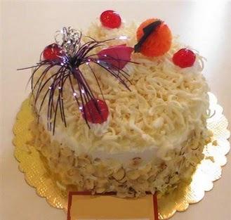 pasta siparisi 4 ile 6 kisilik yaspasta mis lezzette  Bolu çiçekçi telefonları