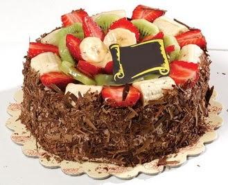 pastaci firmasindan 4 ile 6 kisilik çikolata meyvali yaspasta  Bolu çiçek siparişi sitesi