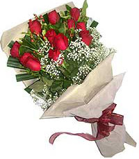 11 adet kirmizi güllerden özel buket  Bolu internetten çiçek siparişi