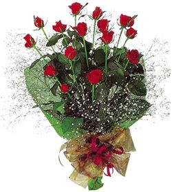 11 adet kirmizi gül buketi özel hediyelik  Bolu çiçekçi mağazası