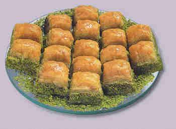 pasta tatli satisi essiz lezzette 1 kilo fistikli baklava  Bolu internetten çiçek siparişi