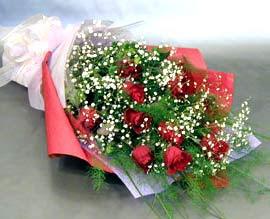 10 adet kirmizi gül çiçegi gönder  Bolu anneler günü çiçek yolla