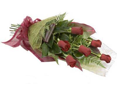 ucuz çiçek siparisi 6 adet kirmizi gül buket  Bolu çiçek siparişi sitesi