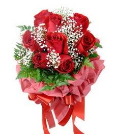 9 adet en kaliteli gülden kirmizi buket  Bolu çiçek servisi , çiçekçi adresleri