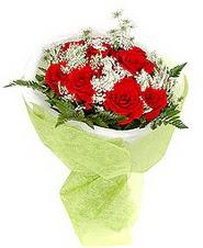 Bolu çiçek , çiçekçi , çiçekçilik  7 adet kirmizi gül buketi tanzimi