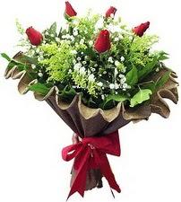 Bolu online çiçek gönderme sipariş  5 adet kirmizi gül buketi demeti