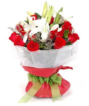 Bolu hediye çiçek yolla  1 dal kazablanka 11 adet kırmızı gül buketi