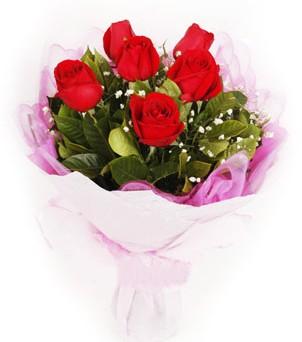 Bolu hediye sevgilime hediye çiçek  kırmızı 6 adet gülden buket