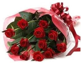 Sevgilime hediye eşsiz güller  Bolu uluslararası çiçek gönderme