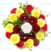 Bolu çiçekçi mağazası  13 adet mevsim çiçeğinden görsel buket