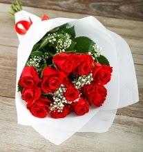 9 kırmızı gülden buket çiçeği  Bolu çiçek gönderme