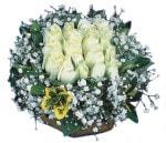Bolu çiçekçiler  Beyaz harika bir gül sepeti