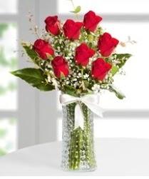 7 Adet vazoda kırmızı gül sevgiliye özel  Bolu çiçek siparişi sitesi