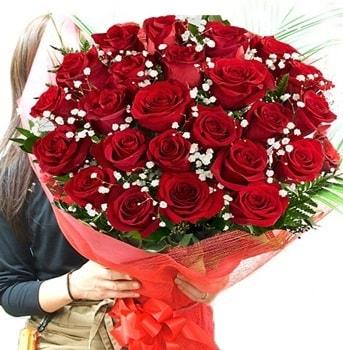 Kız isteme çiçeği buketi 33 adet kırmızı gül  Bolu çiçek gönderme sitemiz güvenlidir