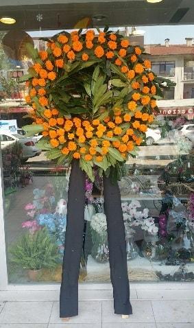 Cenaze çiçeği cenaze çelengi çiçek modeli  Bolu çiçek gönderme
