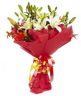 5 dal kazanlanka lilyum buketi  Bolu çiçek gönderme sitemiz güvenlidir